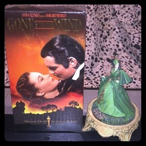 Scarlett Figurine of Gone with the Wind & VHS....